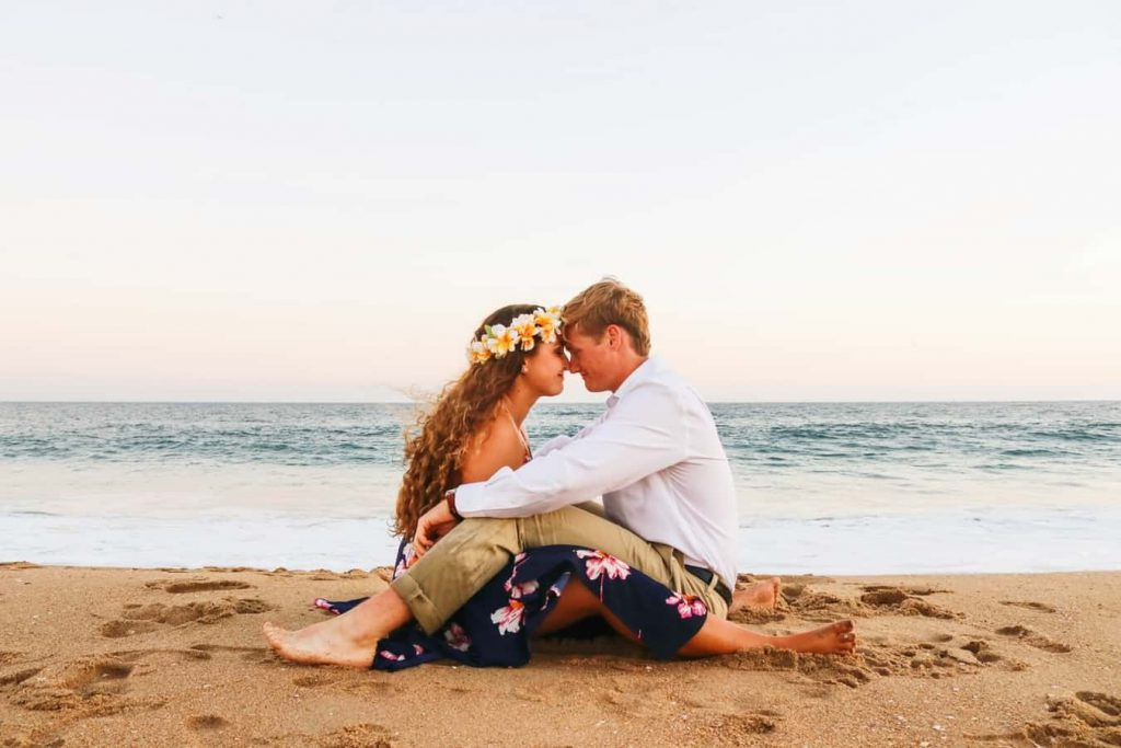24 Clear Signals That Means She's in Love With You